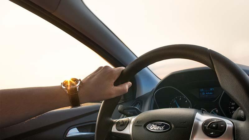 Consejos para una conducción eficiente y ahorrar combustible