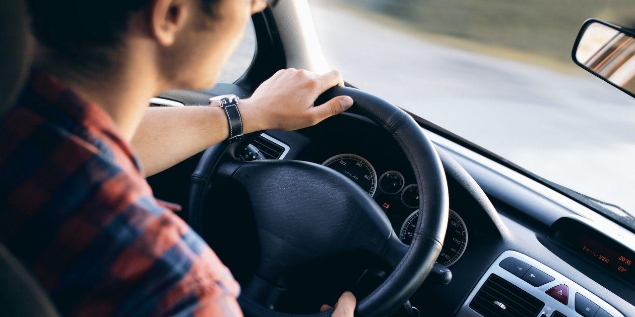 Consejos para comprar un coche de segunda mano y no morir en el intento
